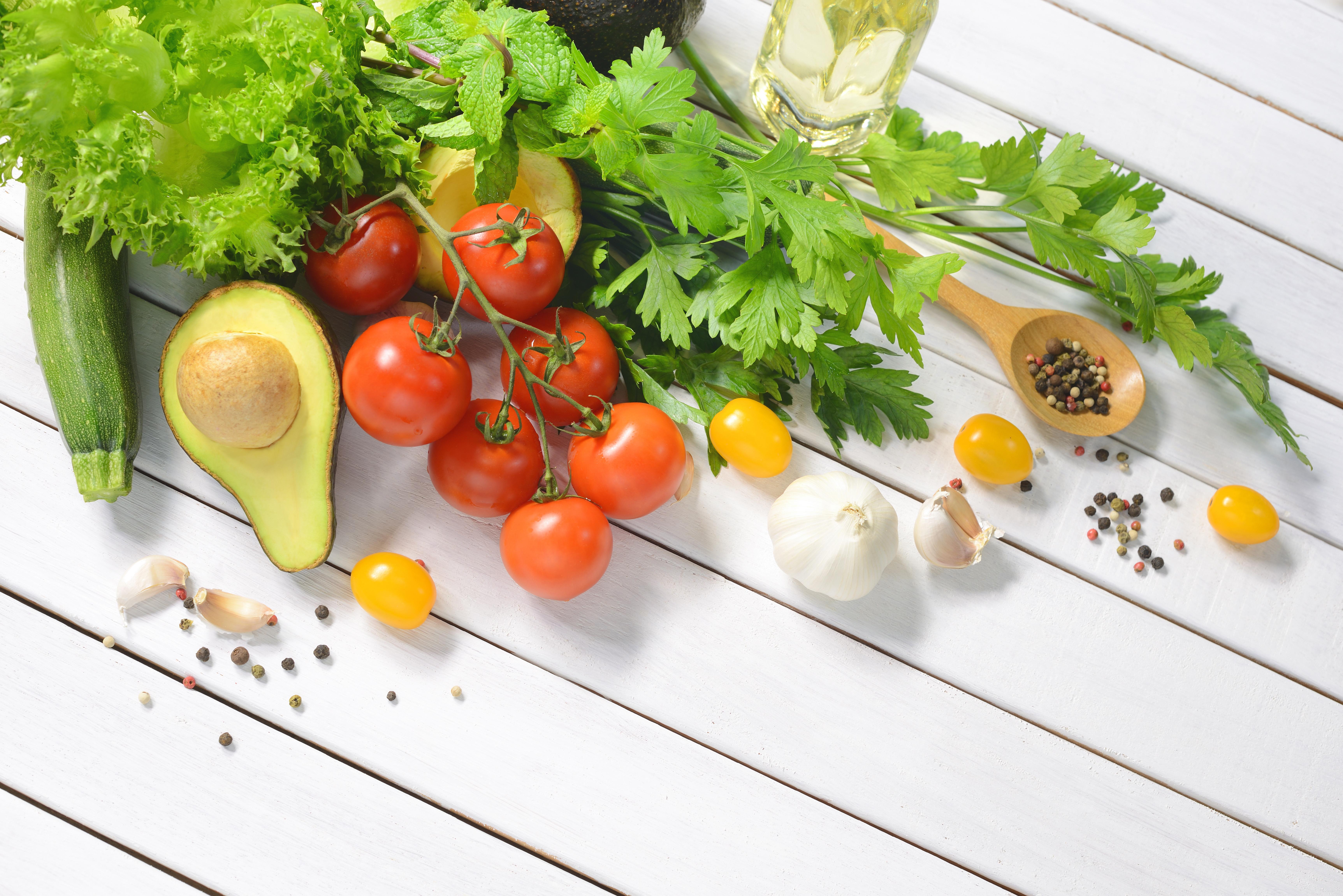 5 Alimentos Saludables que Deberías Incluir en tu Dieta